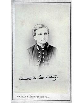 Edouard de Lauriston. Enfant en uniforme