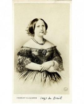 Portrait d'une femme en grand décoletté (impératrice du Brésil)
