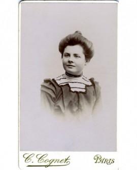 Portrait d'une jeune fille en cheveux ( Marie Varbonne)