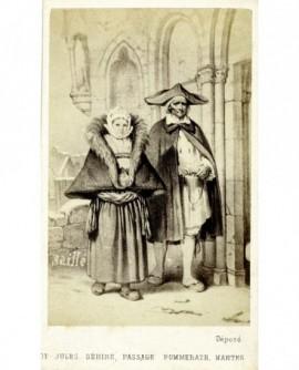 Gravure: couple en promenade de Saillé