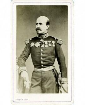 Général chauve à impériale, décoré (Trochu)