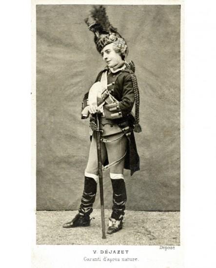 Actrcie en costume de grenadier : Virginie Dejazet