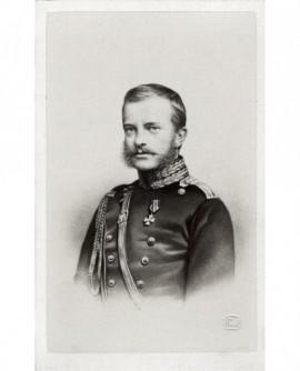 Portrait d'un militaire à favoris : le grand-duc Michel de Russi)
