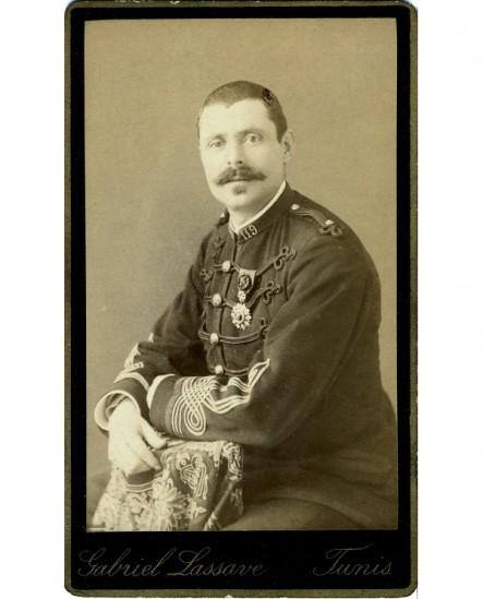 Militaire moustachu du 119è avec Légion d'honneur