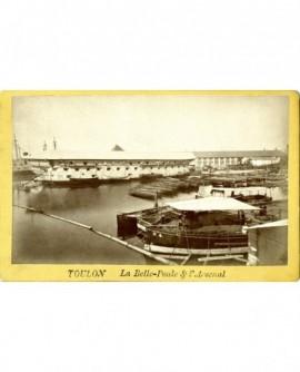 Port de Toulon: le vaisseau La Belle-Poule et l'Arsenal
