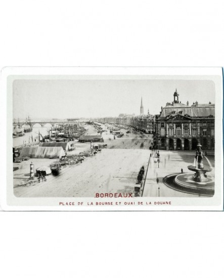 Vue de Borbeaux: place de la Bourse et quai de la Douane