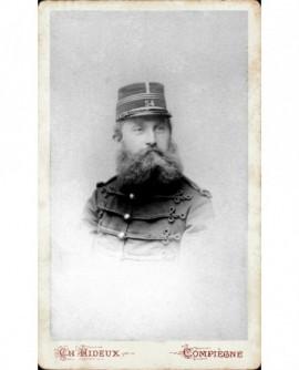 Capitaine barbu du 54è en képi
