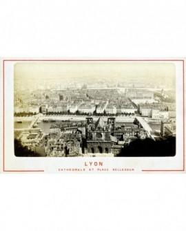 Vue de Lyon de Fourvière: Cathédrale Saint-Jean et place Bellecour