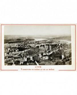 Vue générale de Lyon: jonction du Rhône et de la Saône