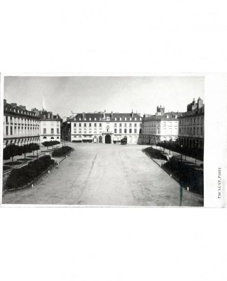 Vue de la Place Grammont à Pau