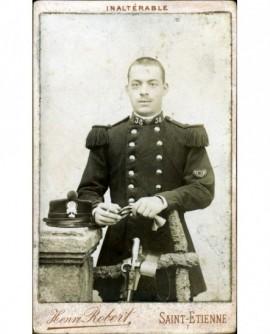 Militaire du 38è (chasseur) gants à la main