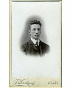 Portrait d'un jeune homme (Robert Rousseau)