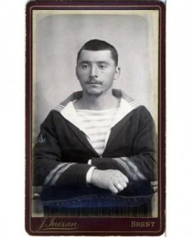 Portrait d'un marin (quartier-maître) (militaire)