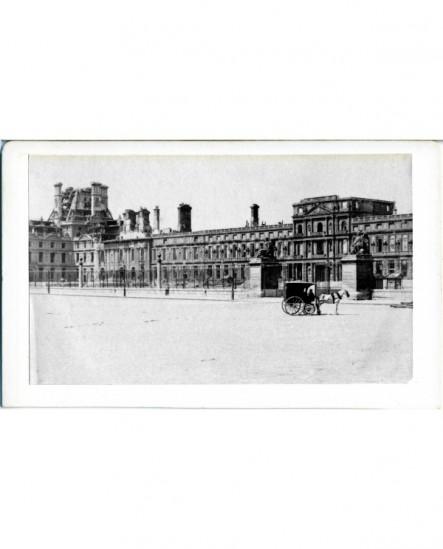 Vue des Tuileries incendiées après la Commune (mai 1871)