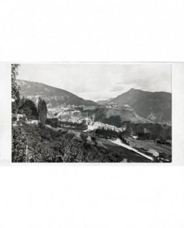 Vue extérieure de Briançon et des forts, prise au-dessus du champ de mars