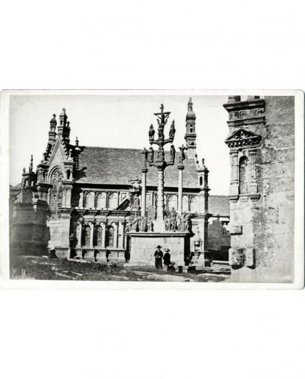 Vue de Bretagne: Eglise et calvaire de Saint-Thégonnec