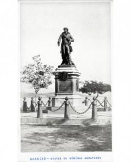Statue du général Abbatucci à Ajaccio