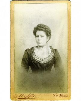 Portrait d'une jeune femme (Berthe Laye, épouse Merle)