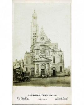 Vue de l'église Saint-Etienne-du-Mont (Paris) chevaux et fiacre