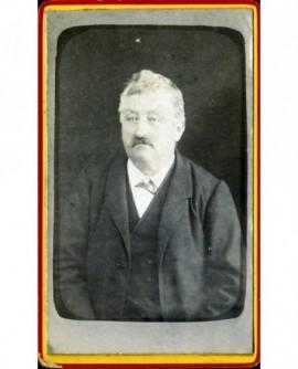 Portrait d'un homme moustachu. Chaderol d'Alligny