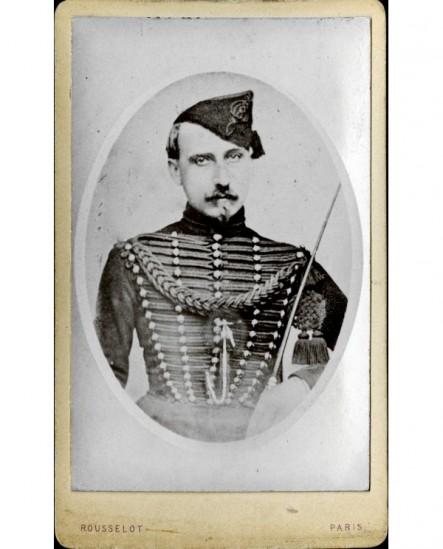 Militaire (hussard) du 8è en bonnet de police