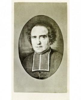 Portrait en médaillon d'un eclésiastique frisé en rabat