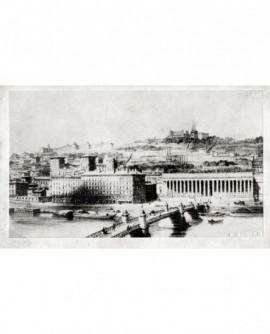 Saône à Lyon: le palais de justice et la colline de Fourvière