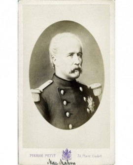 Portrait de Mac-Mahon avec ses médailles