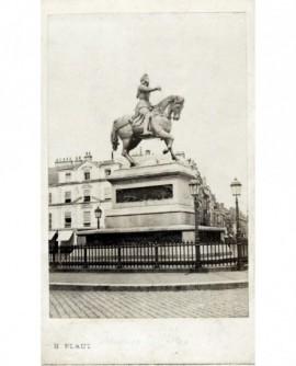 Statue équestre de Jeanne d\'Arc, place Martray à Orléans