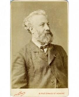 Portrait d'un homme. Jules Verne