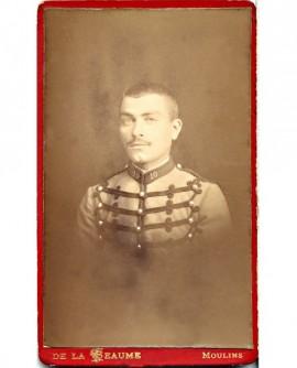 Militaire (cavalier) du 10ème régiment de chasseurs à cheval