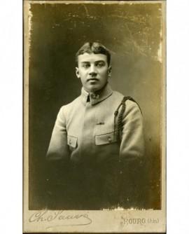 Militaire du 23è avec fourragère