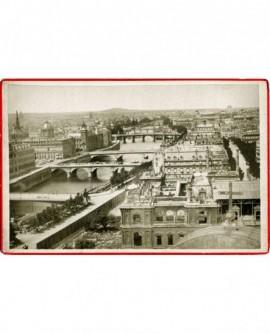 Vue de l\'hôtel de ville de Paris. 7 ponts