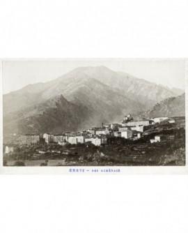 Vue générale de Corte (Corse)
