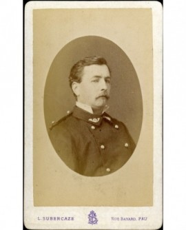 Agent moustachu des Eaux-et-Forêts