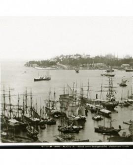 Vue du port de Constantinople. Pointe de Séraï