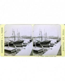 Bateaux sur le port d\'Antibes (a)