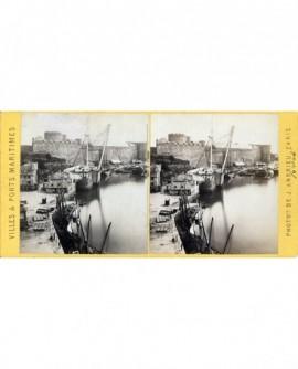 La mature et le château (port de Brest) bateau (a)