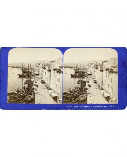 Vue générale quai du commerce à Toulon, avec bateaux (a)