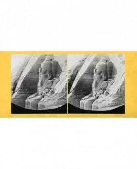 Façade du temple d\'abou Simbel. Egypte (a)