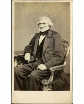 Homme âgé assis dans un fauteil (Jean-Jacques Bizot)