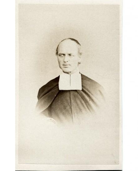 Portrait d\'un prêtre. frère Nicanor