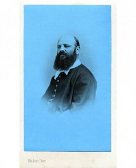Autoportrait du photographe Disderi. virage bleu