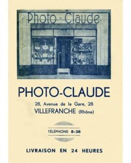 publicité et façade du photographe Claude (Villefranche)