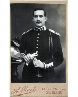 Portrait d\'un militaire