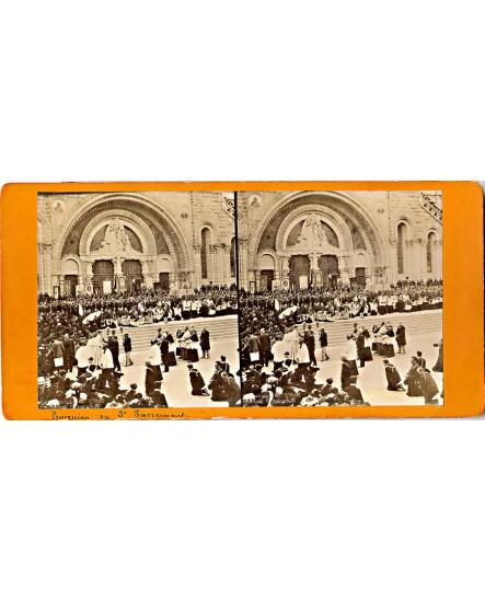 Procession du saint-Sacrement à Lourdes