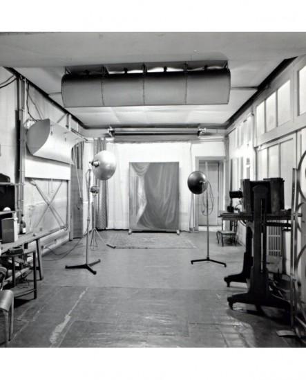 Atelier de prises de vues du photographe Marcel Héritier en 1970