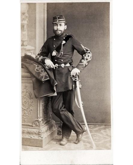 Militaire gradé d'un régiment de zouaves vers 1860 (avec sabre)
