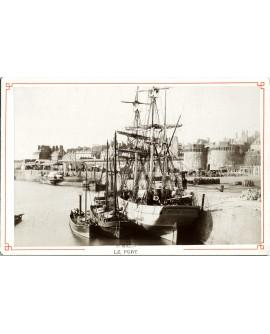 Bateaux dans le port de Saint-Malo