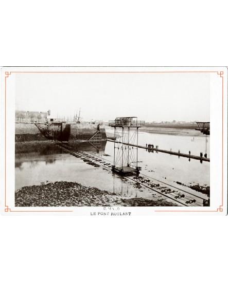 Le pont roulant traversant le port de Saint-Malo